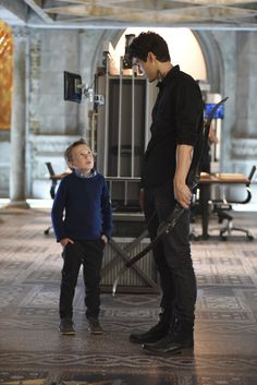 Max Lightwood with big bro Alec #Shadowhunters 1×08