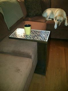 Beautiful End Table/ C Table. Free #Plans from  Ana-White.com