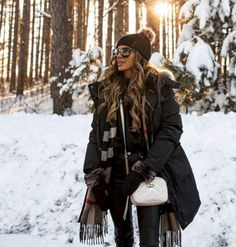 40 Winter Fashion 2018 Outfits To Copy - Winter Outfits Winter Outfits For Teen Girls, Winter Outfits Women, Winter Fashion Outfits, Winter Dresses, Autumn Winter Fashion, Fall Outfits, Winter Clothes, Snow Fashion, Black Outfits