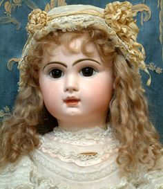 Vintage Dolls | ... TETE JUMEAU BEBE Antique French Doll IN FABULOUS FRILLY DRESS –WOW