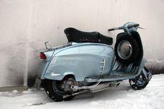 Formalisten / The Art of Motor Scooter Maintenance / Die Kunst einen Motorroller zu warten / Menno Ortner / Michel Piccolo / David Scharlach