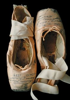 ~ gorgeous signed pointe shoes worn by Veronica Tennant in her final performance of Romeo and Juliet (February 12, 1989).