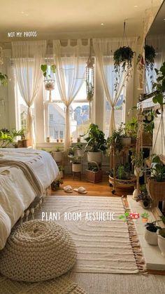 Room Design Bedroom, Room Ideas Bedroom, Interior Design Living Room, Diy Bedroom Decor, Bright Bedroom Ideas, Nature Bedroom, Vintage Bedroom Decor, Garden Bedroom, Bedroom Inspo