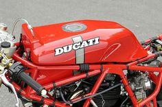 Ducati 750 TT 1