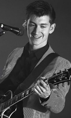 Looking For A New Place To Begin — Daily Pictures ofAlexTurner that makeyou want...
