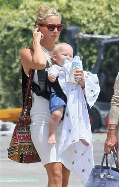 Kate Hudson and her son, Bing out and about #gangstamom #baby #celebmoms