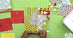The Pinwheel block is already quite versatile, and adding another dimension to it really just gives us another great way to incorporate it into our quilts. Quilting For Beginners, Quilting Tutorials, Quilting Projects, Sewing Projects, Quilting Tips, Quilting Room, Cross Quilt, Pinwheels, Fabric Origami