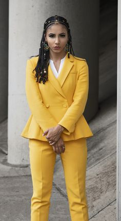 Is Natural Hair Unprofessional? Five Reasons to Wear It to Work Is Natural Hair Unprofessional? Five Reasons to Wear It to Work Is Natural Hair Unprofessional? Five Reasons to Wear Natural Hair to Work, White Colla. Yellow Suit, Mellow Yellow, Workwear Fashion, Work Fashion, White Collar, Edgy Work Outfits, Creative Work Outfit, Mixed Girl Hairstyles, Zara Suits