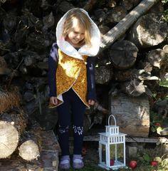 Jak ušít kolovou vestičku - unuodesign.cz Textiles, Rain Jacket, Windbreaker, Couture, Sewing, Blog, Kids, Fashion, Young Children