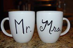 DIY Personalized Mug: use sharpie & bake it from www.macaroniandcheesecake.com