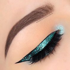 Mermaid sparkle ✨ @maggiemcdonaldmua using our Wicked Gel Liner for an under the sea look. // #sigmabeauty