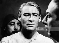 The Irish actor Peter O'Toole and the Puerto Rican-born American actor Jose Ferrer acting in the film Lawrence of Arabia. 1962 (Photo by Mondadori Portfolio via Getty Images) British American, American Actors, Famous Cubans, Luis Guzman, Latino Actors, Michael Wilson, David Lean, Rosemary Clooney, Peter O'toole
