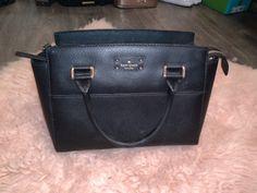 Women's small black Leather  Kate Spade handle bag Kate Spade Totes, Kate Spade Tote Bag, Cambridge Satchel, Black Leather, Purses, Tote Bags, Handle, Women, Handbags