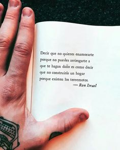 Nunca lo pensé de esa manera 🤔🤔 Poetry Quotes, Words Quotes, Book Quotes, Me Quotes, Sayings, More Than Words, Some Words, Smart Quotes, Motivational Phrases