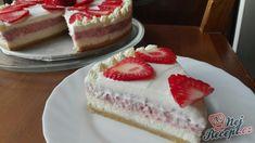 Vynikající lahodný cheesecake s jahodovou pěnou a jemnou smetanovou pěnou. Miluji nepečené dezerty a hlavně cheesecake. Jsem ráda, že se mi vydařil takto, abych se s vámi mohla podělit o inspiraci. Autor: Triniti Cream Brulee Cheesecake, Cheesecake Recipes, Sweet Recipes, Deserts, Food And Drink, Sweets, Cakes, Cake Ideas, Dessert Ideas