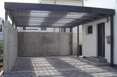 MyPort Designcarport auf Mauer mit transparenten Dachbahnen. #carport #carports  #Doppelcarport #metallcarport #stahlcarport #Einzelcarport #Wohnmobil #Caravan #Wohnwagen #Auto #Fahrrad #design #architecture #architektur #myport