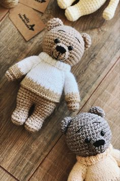 Crochet dolls 346003183875111114 - FREE crochet teddy bear pattern Source by nowotarski Crochet Pattern Free, Crochet Bear Patterns, Crochet Motifs, Plush Pattern, Crocheting Patterns, Teddy Bear Patterns Free, Knitted Teddy Bear, Teddy Bear Knitting Pattern, Teddy Bear Toys