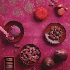 i colori top del 2019 secondo Pantone palette Cravings ♦๏~✿✿✿~☼๏♥๏花✨✿写☆☀🌸🌿🎄🎄🎄❁~⊱✿ღ~❥༺♡༻🌺<TU Feb ♥⛩⚘☮️ ❋ Yoga Studio Design, Colorful Decor, Colorful Interiors, Dark Interiors, Colour Schemes, Color Trends, Colour Pallete, Pantone Colour Palettes, Pantone Red