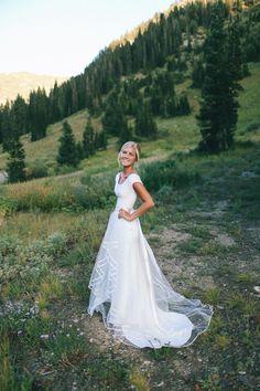 TESSA BARTON: Sarah Stevens-- bride designed herself. IN LOVE WITH THIS DRESS