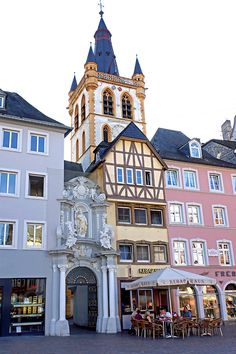 Market Church Gangolf. Ever been to Trier? It's the oldest city in Germany (von archer10...