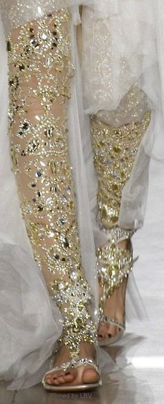 Marchesa S/S 2013 sizzled w gold