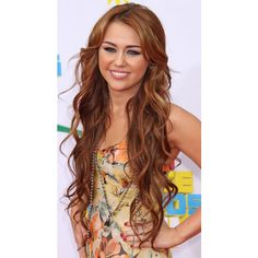 HAIR CRUSH MILEY CYRUS ❤ liked on Polyvore featuring beauty products, haircare, hair styling tools, hair, miley cyrus, miley, pictures and hair styles