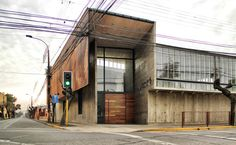 Galería de Edificio Administrativo Curricular Liceo María Auxiliadora / Surco Studio - 13
