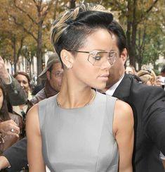 15 Rihanna Pixie Hairstyles: #11. Cool Riri