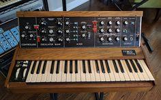 MATRIXSYNTH: Vintage Moog MiniMoog Model D Analog Synthesizer S...