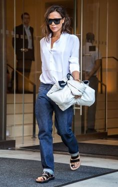 Victoria Beckham Photos Photos - Designer Victoria Beckham is seen leaving her hotel in New York City, New York on September 9, 2016. - Victoria Beckham Leaves Her New York Hotel