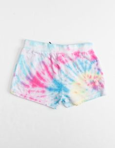 Maui And Sons Tie Dye Terry Shorts. Maui And Sons logo patch at front left leg. Diy Tie Dye Shorts, Tie Dye Jeans, Tie Dye Shirts, Tie Dye Crop Top, Food Coloring Tie Dye, Tiy Dye, Tie Dye Crafts, Tie Dye Fashion, Bleach Tie Dye