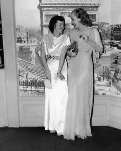 "Arline Judge & Carole Lombard at the West Hollywood nightclub ""Trocadero."""