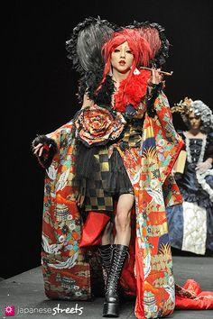Fashion show Winter 2013 for graduating students at Vantan Design Institute Shibuya, Tokyo, by Kjeld Duits.