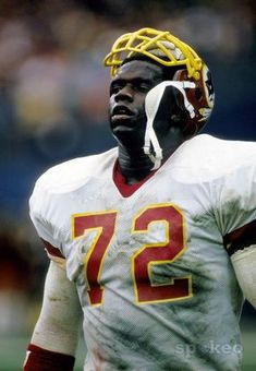 Redskins All Time great Dexter Manley.