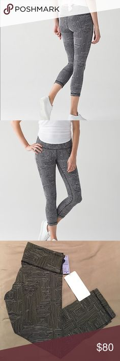 Lululemon Wunder Under Crop III Gorgeous ever-popular Lululemon Wunder Under Crops.  Brand new with tags.  Please see last photo for complete description. lululemon athletica Pants Ankle & Cropped