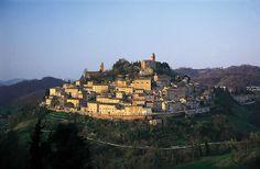 Montefortino, provincia di Fermo, Marche, Italy. 42°56′33.5″N 13°20′28.43″E