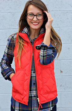 Love the simple hair, cute glasses, preppy plaid and vest