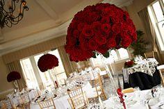 centros de mesa rojos altos para boda - Buscar con Google