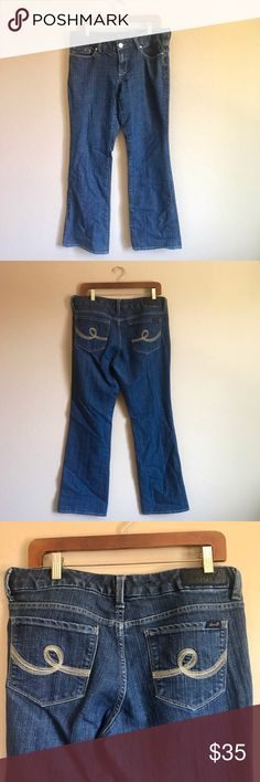 Seven 7 Boot Cut Jeans Great condition ✨ measurements in inches: 17 waist, 8.5 rise, 40 length, 31 inseam, 10 leg opening ✨ Seven7 Jeans Boot Cut