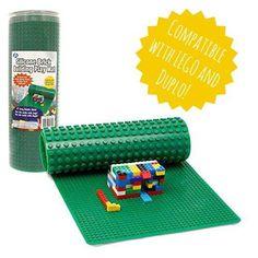 Some easy DIY toy storage Solutions Toy Storage Solutions, Diy Toy Storage, Storage Ideas, Legos, Mesa Lego, Decoracion Star Wars, Ideas Dormitorios, Lego Bedroom, Lego Table