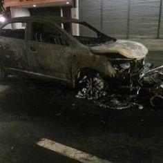 Carro e moto pegam fogo após colisão em cruzamento no Vieiralves