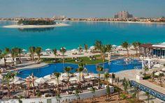 Surround yourself with beautiful views at Waldorf Astoria Dubai Jumeriah.