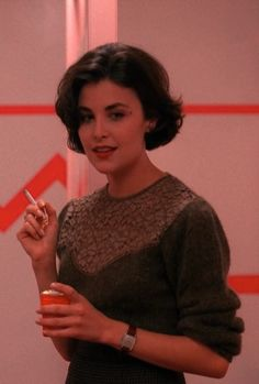 Audrey smoking in the toilets, Twin Peaks