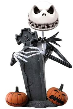 $33 Figura Jack con lápida Pesadilla antes de Navidad