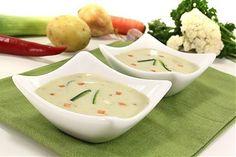 Рецепт: Суп молочный с овощами. Предлагаем Вам рецепт вкусного овощного супа для всей семьи, а также для детей от 2-х лет. В основе первого блюда – молоко и консервированные горошек с кукурузой. Входящая в состав рецепта репа богата редкими микроэлементами, витаминами и металлами. Именно она, благодаря содержанию магния, поможет усвоить кальций из молока.