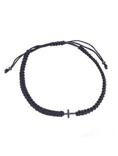 Βραχιόλι Μακραμέ Ασημένιο 925 με Ζιργκόν Αναφορά 022094 Ένα βραχιόλι μακραμέ που μπορείτε να προσφέρετε σε ένα κορίτσι ή μια γυναίκα το οποίο αποτελείται από ένα μενταγιόν σταυρό από Ασήμι 925 σε μαύρο χρώμα ενσωματωμένο σε ένα μαύρο κορδόνι.Οι πέτρες είναι ημιπολύτιμες (ζιργκόν) και έχουν μαύρο χρώμα. Headphones, Headpieces, Ear Phones