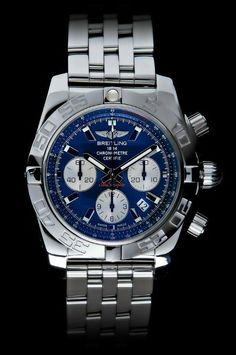 Breitling has created a special Breitling Limited Edition Chronomat 44 for Autism Awareness Month to help Ernie Els and his Els for Autism Golf Challenge.