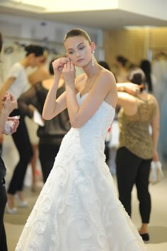 the cinderella project: because every girl deserves a happily ever after: Oscar de la Renta Spring 2013 Bridal Collection