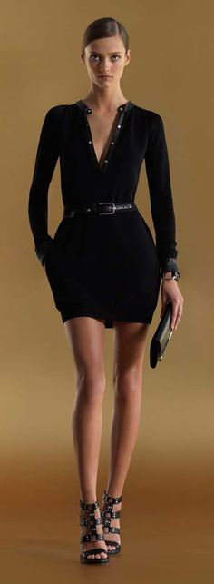 Gucci black long sleeve henley dress long sleeve henley dress with leather belt black fine viscose with black leather viscose Gucci Passion For Fashion, Love Fashion, High Fashion, Fashion Outfits, Womens Fashion, Gucci Fashion, Looks Style, Style Me, Glamour