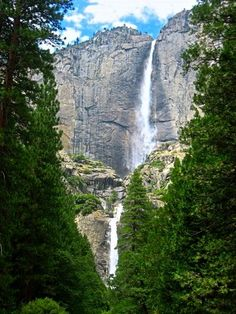 Yosemite National Park, California - one of 5 Natural Wonders in the USA